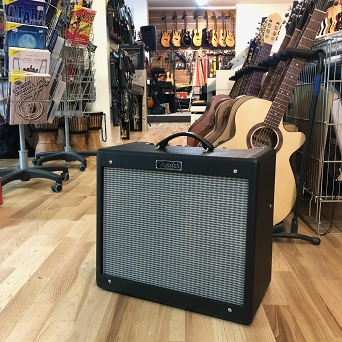 Fender Blues Junior™ III, 230V EUR, Black